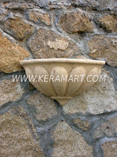 Скульптура из керамики - Настенное кашпо